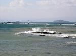 森戸海岸から江ノ島を臨む