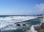マーロウ前から江ノ島を臨む