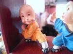 謝甜記で見つけた愛想たっぷりの人形