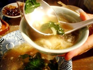 上海厨房の雲呑スープ