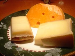 アンサンセ ミモレットチーズなど