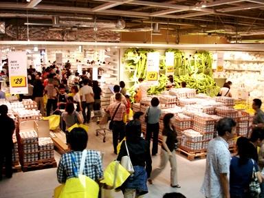 IKEA 横浜港北 イケア 店内の様子
