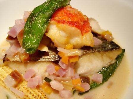 ストラスブール 天然鮮魚とオマール海老のポワレ