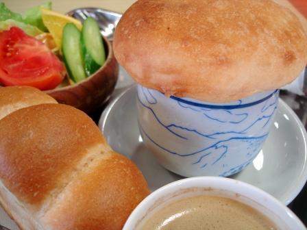 志賀高原 横手山ヒュッテ 雲の上のパン屋さん きのこ雲スープ